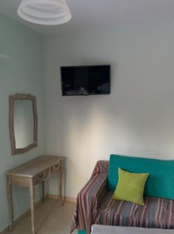 Surf Beach Apartments Livingroom