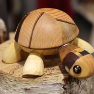 Loucervi Woodworker
