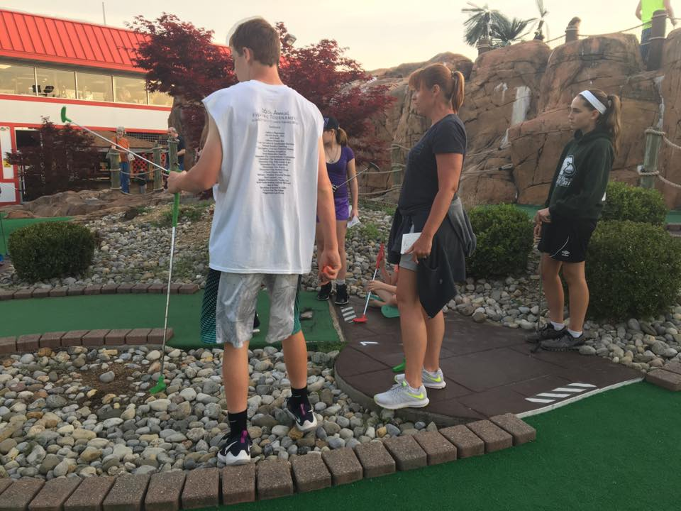 Youth Mini Golf 2