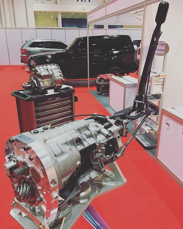 #customshowemirates Our Subaru sequential 6 speed gear system on display