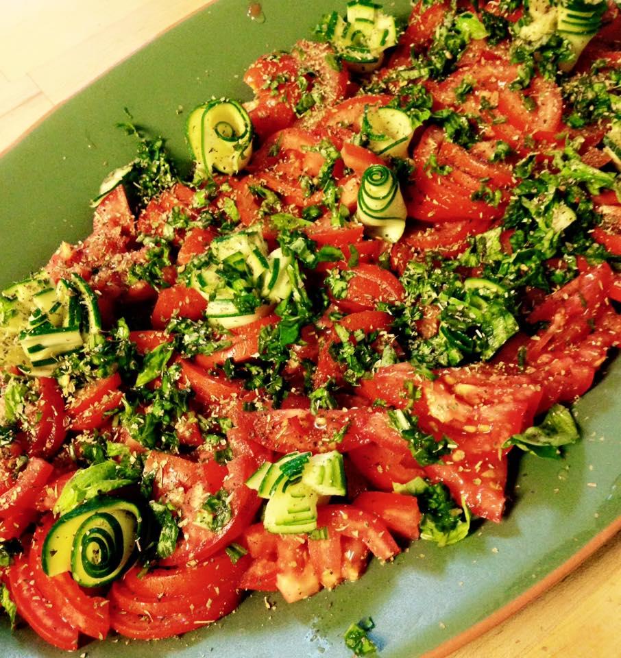 Tomaten/Basilikumsalat