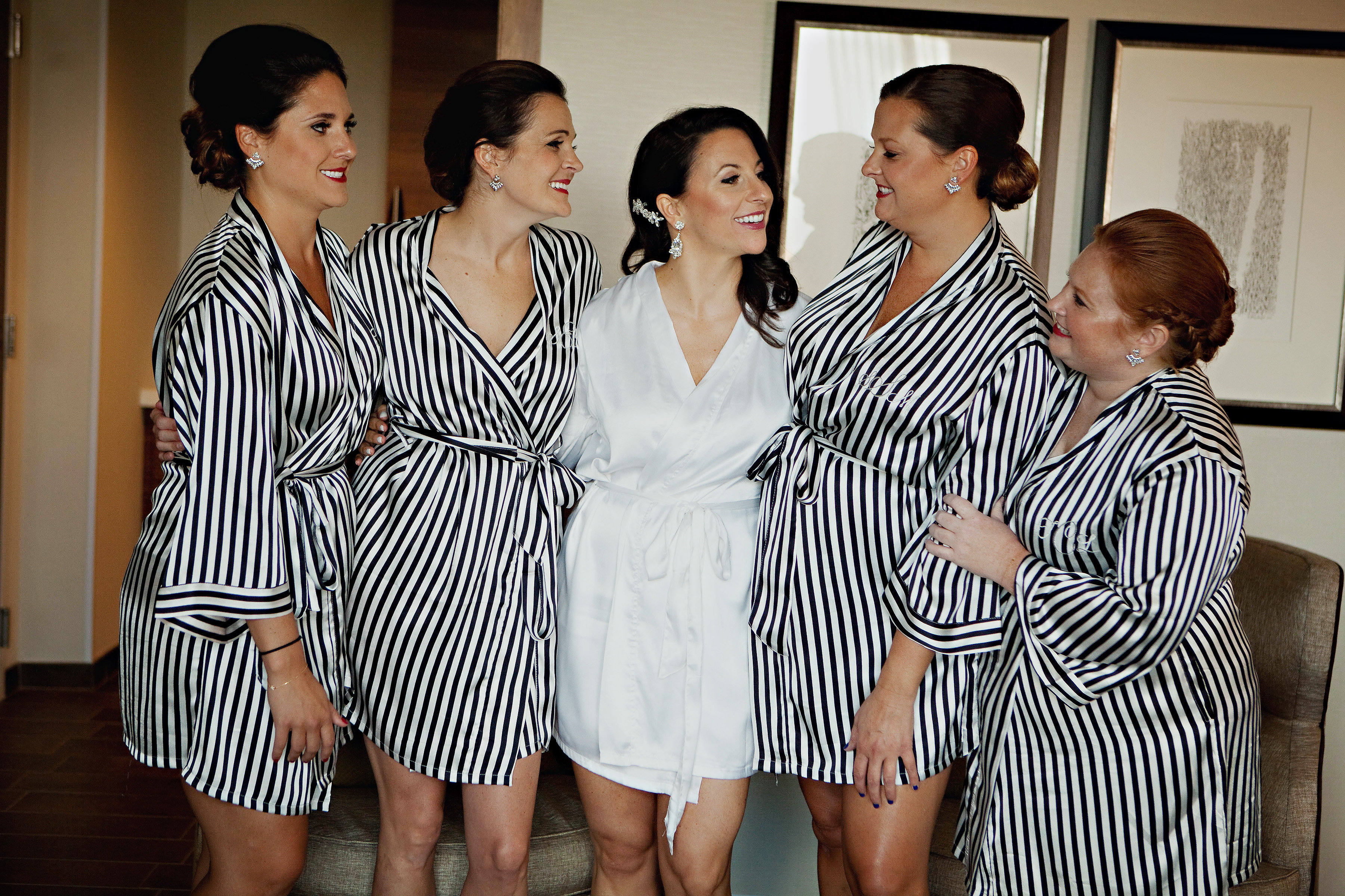 Lindsey & her bridesmaides