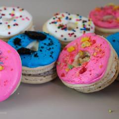 occasionsbyannie-donut-french-macarons.J