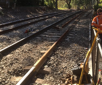 Light (Groove) Rail Tram Train Crane Welding Aluminothermic Services Maintenance Construction