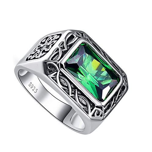 Emerald in 925 Sterling Silver Ring