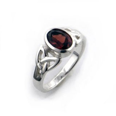 Garnet Gemstone 925 Sterling Silver Ring / Artistic Silver