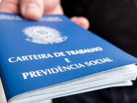 Publicadas MPs que alteram regras trabalhistas em conformidade com pedidos da FecomercioSP para manu
