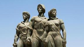 אנדרטאות או לא להיות