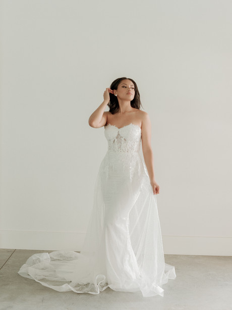 Esme Collection   Van Der Velde   Willow Bridal