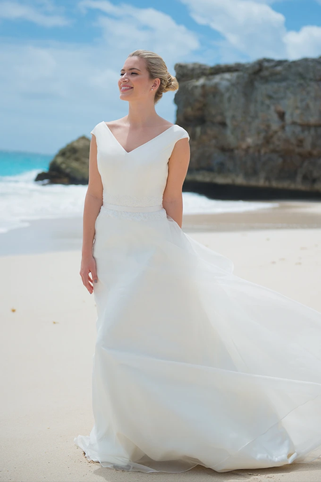 Island Dream | Ivory & Co | Willow Bridal
