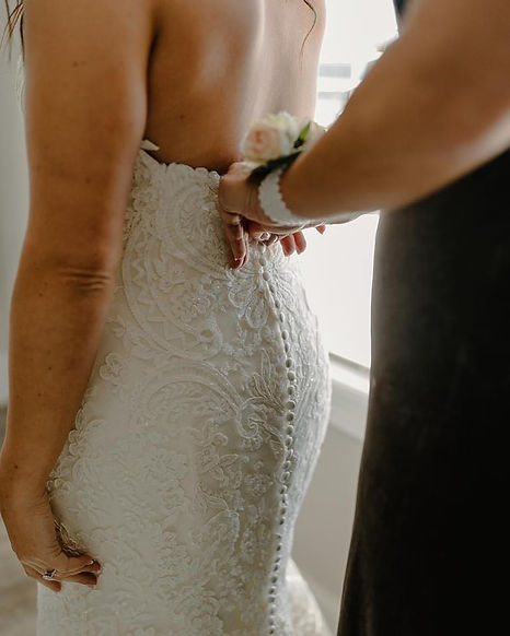 Morning Of Wedding   Van Der Velde   Willow Bridal