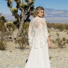 PrairienBlossom Cape | Ivory & Co Bridal | Willow Bridal