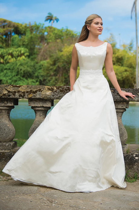 Spring Romance | Ivory & Co | Willow Bridal