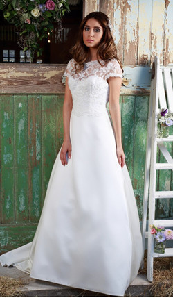 Amanda Wyatt  | Barony Brides