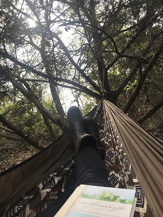 legs-in-hammock.HEIC