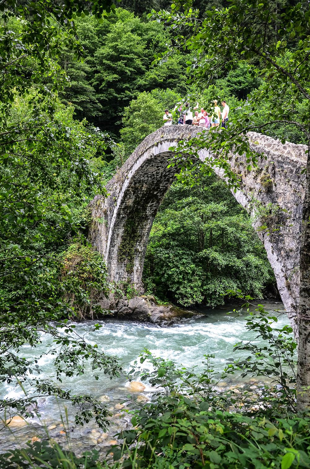 """alt=""""древние арочные мосты в карадениз"""""""