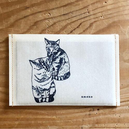【 2匹の猫の通帳ケース 】