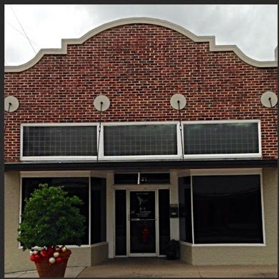 B&S Taxidermy Inc., Eagle Lake, Texas