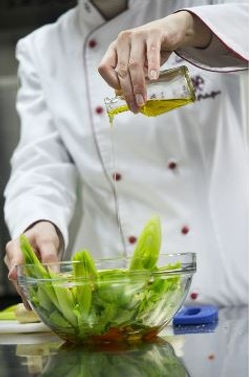 Ciuti Extra Virgin Olive Oil Chef saute dressing cooking
