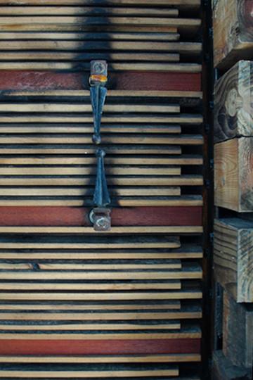 09_door detail.JPG