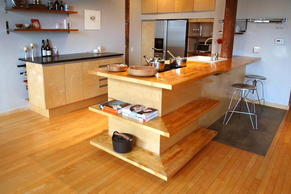 05 kitchen-small.jpg