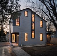 Art[i]fact House