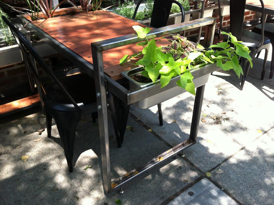 planters3.jpg