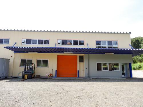 工場への入口2