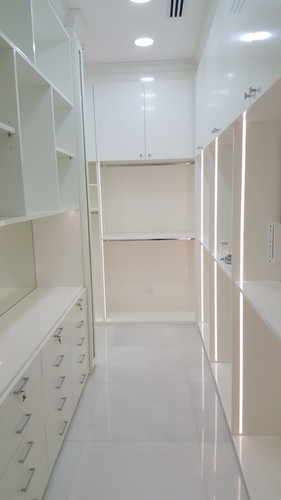 Walk in Closet con Led