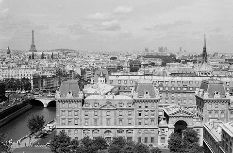 Paris, vue du haut de Cathédrale Notre-Dame