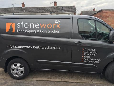 Stoneworx van