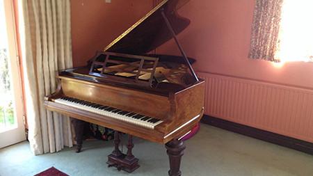 Bluthner Grand - £9,500