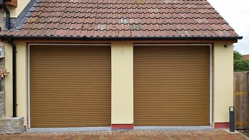 Birkdale-rollers-in-light-Oak,-mini..jpg