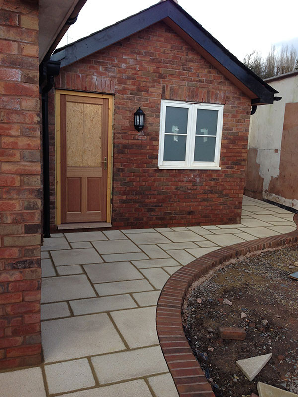 96new-build-landscaping-and-stonewalling