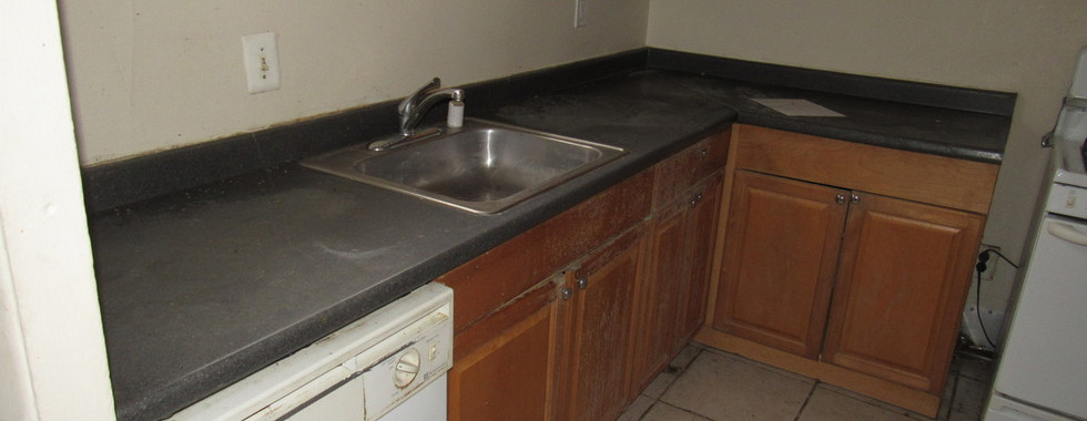 120 Apt 1 KitchenJPG.jpg