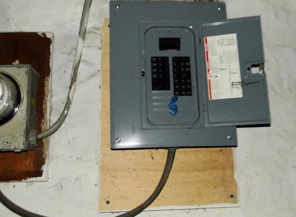 17 Electric Panel.JPG