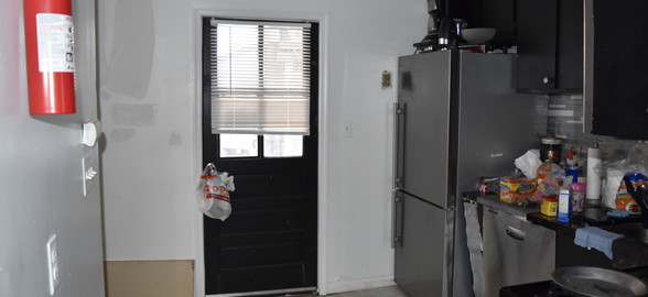 Unit 2 Kitchen 1.JPG