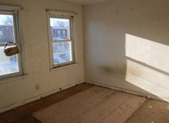 4.15 Master Bedroom.JPG