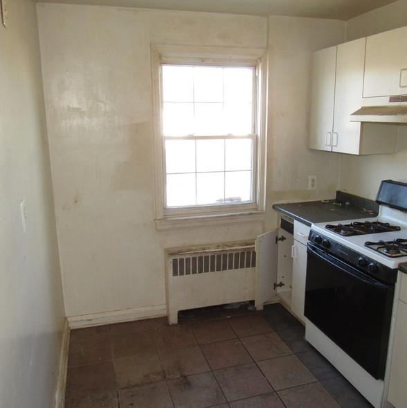 110 Secon Level KitchenJPG.jpg
