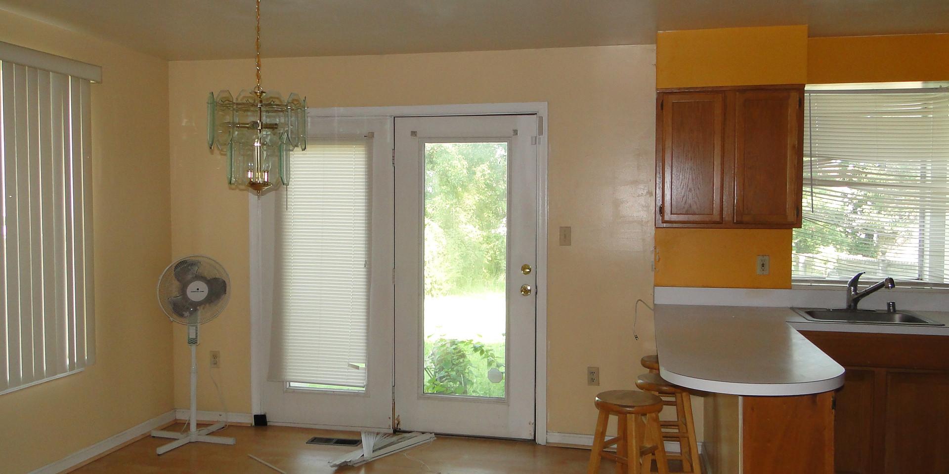 08 - Dining Room.JPG