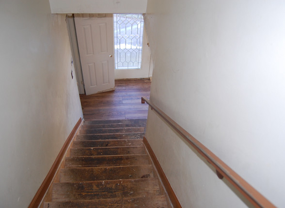 15.0 Second Level Stairs.jpg