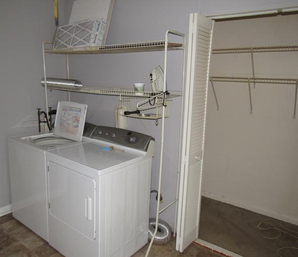 280 laundryJPG.jpg
