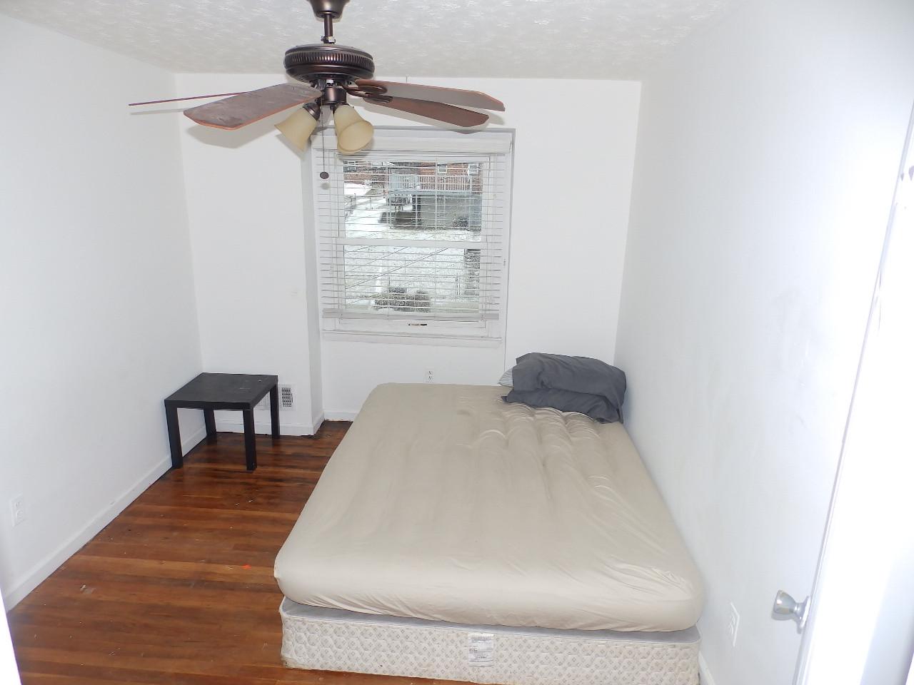 5.7 Guest Bedroom.JPG