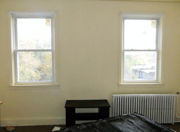 09 First Bedroom.JPG