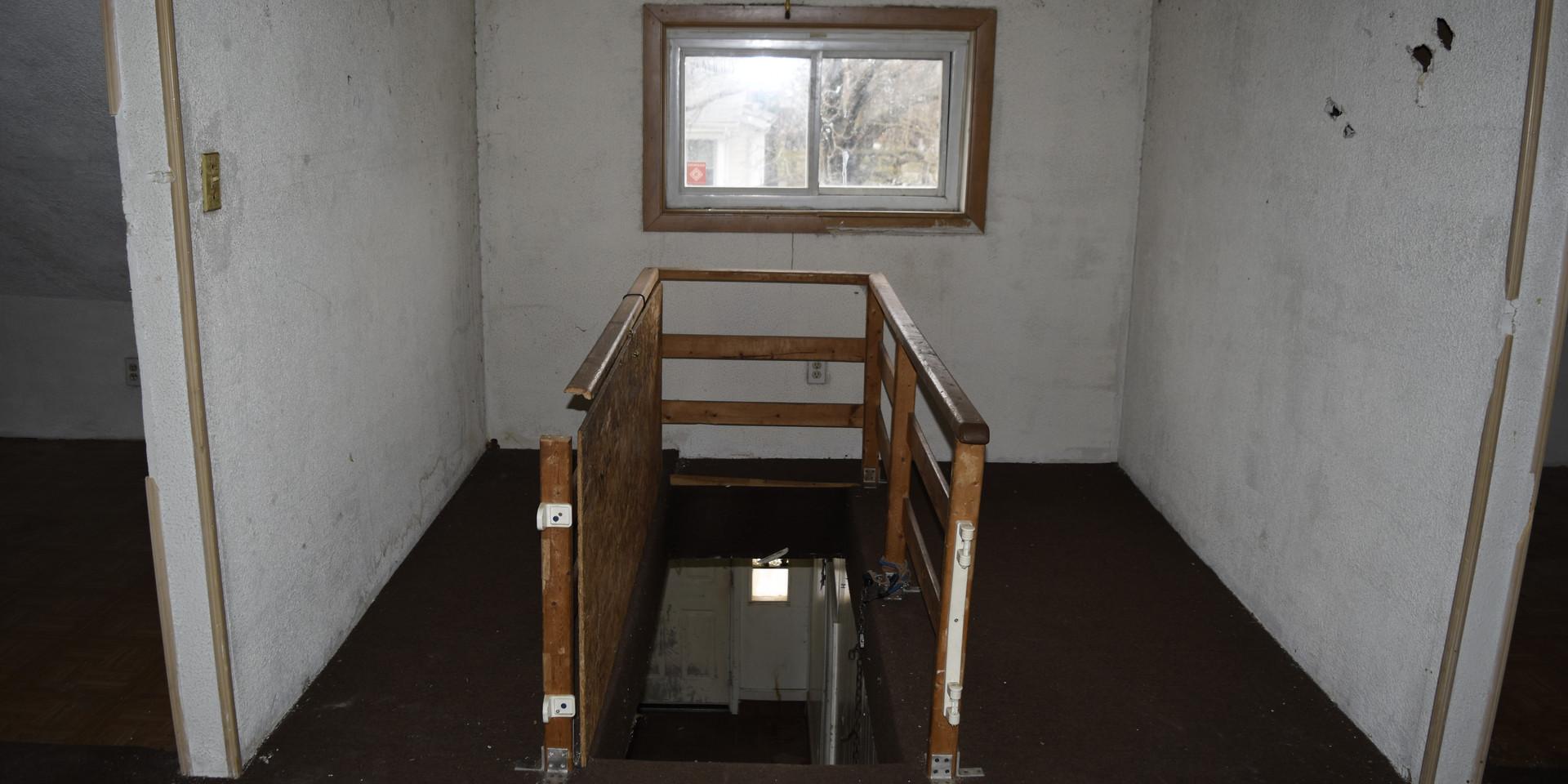 16  2nd floor.JPG
