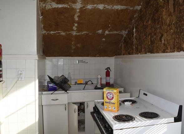19.0 Apartment 2 Kitchen.jpg