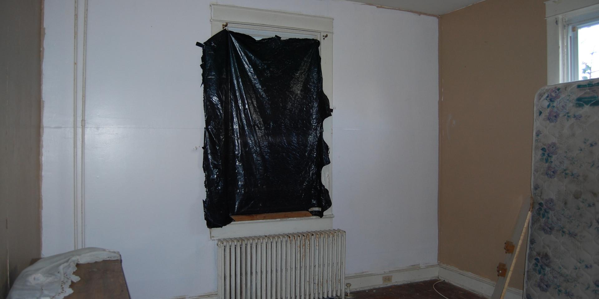 4.0 Main Level Scond Bedroom.JPG