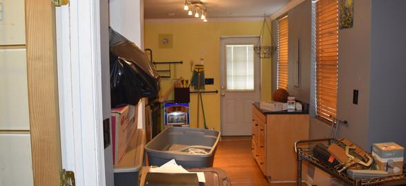130 Kitchen Apt 1.jpg