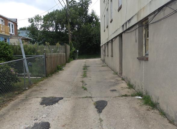 17 - Exterior Rear Alley.JPG