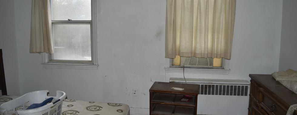 240 2nd BedroomJPG.jpg